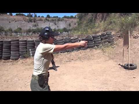 Women Firearms Training - SIG GROUP - WWW.SIG.EDU.AU - ITALY