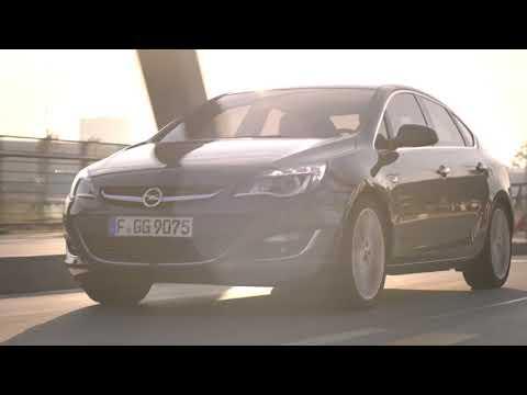 Opel Astra Sedan Turbo la Opel 24h 16-17 martie 2018
