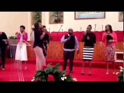 GET Praise Team opening worship song