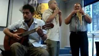 Carnavalito de la quebrada de Humahuaca by Grupo andino DuocUC.