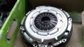 Almashtirish dual-ommaviy flywheel