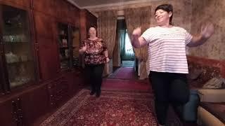 Ежедневная зарядка и упражнения для полных 50 Ходьба с Лесли Сансон