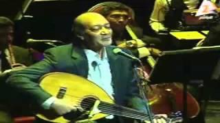 أحمد الحجار يغني أبويا الحبيب وسط تأثر الجمهور و أخوه علي الحجار - من حفل جمعية المؤلفين و الملحنين