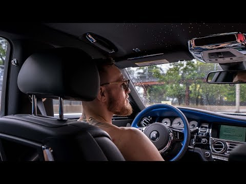 Conor McGregor arrives in NYC in 3 Rolls Royces