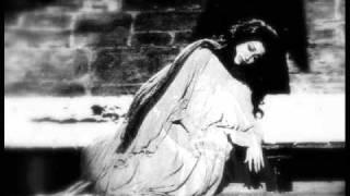 sleepwalking scene of macbeth The psychoanalysis of lady macbeth then later in the scene, lady macbeth speaks as follows lady macbeth's actions during the sleepwalking scene are very.