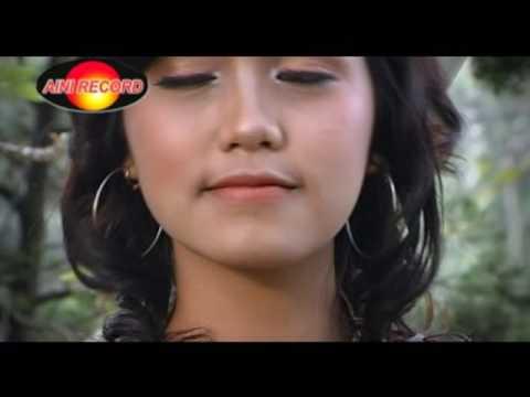 Reny Ananta - Tembang Kangen (Official Music Video)