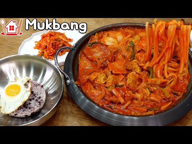 오늘은 부대찌개 대신 우동사리 넣은 부대볶음 먹방 Mukbang  Budae Bokkeum