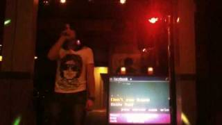 Download Frank Sinatra - I've got you under my skin Karaoke performance MP3 song and Music Video