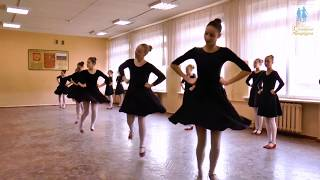Открытый урок Народный танец в школе Солнышко Петербурга