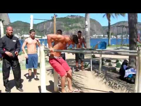 BAR BROTHERS RIO - Freestyle Workout