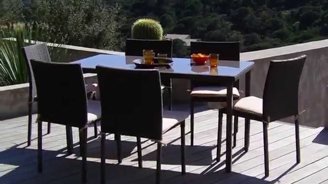 Oogarden salon de jardin lugo youtube for Table de jardin chez castorama
