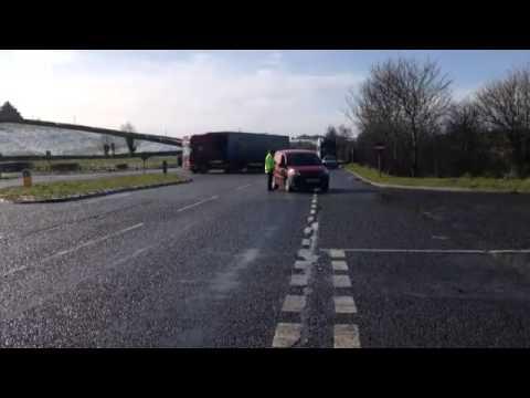 a1-closed-after-serious-crash-between-dromore-and-banbridge