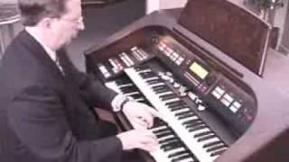 Ollie Case Playing the Hammond Elegante XH-272 organ (Sound