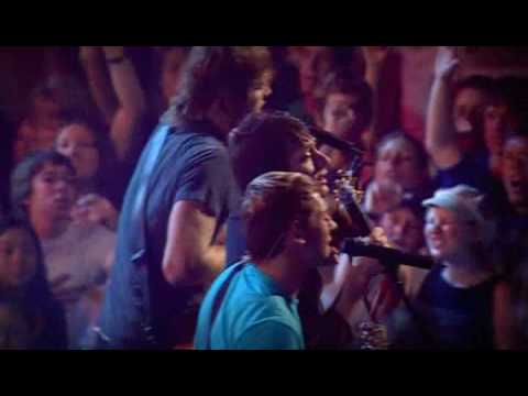 Hillsong United - Tell The World (Live in HQ)
