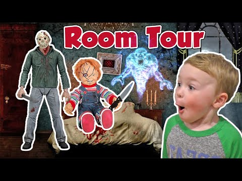 Scary Horror Bedroom Tour - Jagger's Horror Collection with Jason Vorhees & Freddy Kreuger