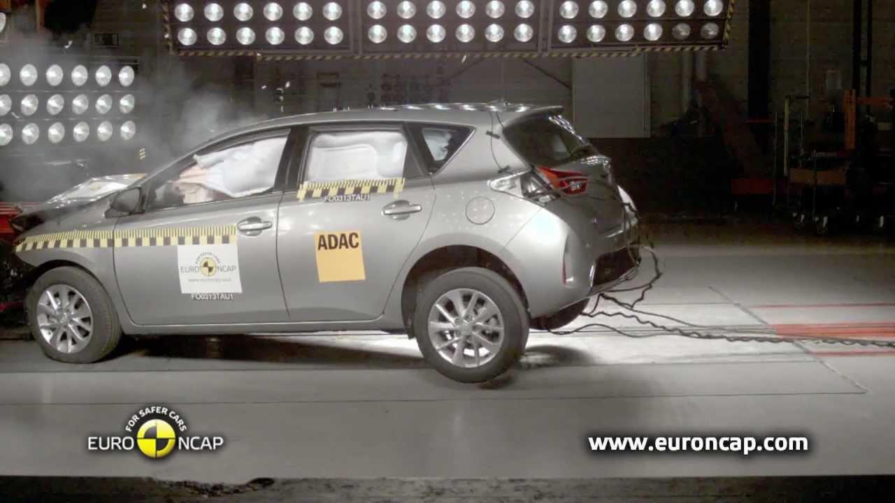 euro ncap toyota auris 2013 crash test youtube. Black Bedroom Furniture Sets. Home Design Ideas