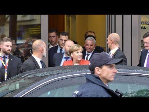 Angela Merkel in Reutlingen + Rede 4K 09.09.2017