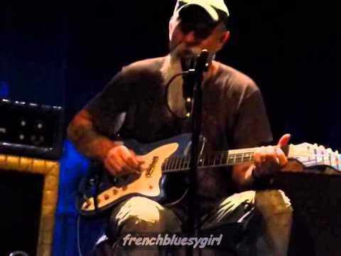 Seasick Steve - Gentle In My Mind (John Hartford Cover) - Live Paris - 21/05/2015