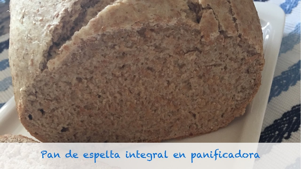 pan de espelta esponjoso en panificadora