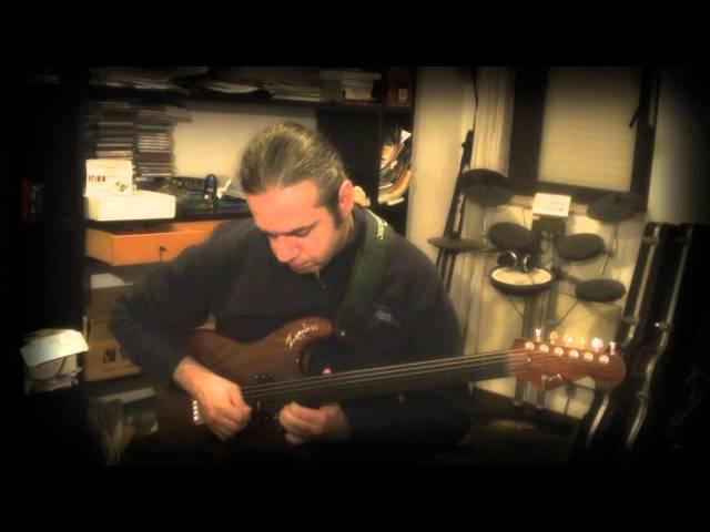 MARCELLO ZAPPATORE - CRYIN' (by Joe Satriani) on FRETLESS GUITAR