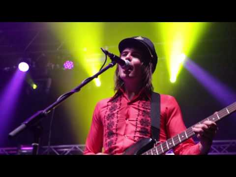 Sticky Fingers - Gold Snafu (Live at the Enmore Theatre)