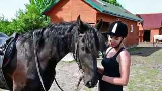Stajnia Black&White w Olszynach - Karolina nt. jazdy konnej