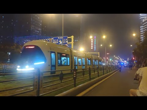 China wuhan at night travelling into huazhong university of science and technology Hust 华中科技大学