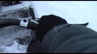 Мотобуксировщик Райда, наскочил на торос.(Cнега в этом году до сих пор еще маловато, ехал по озеру, возле берега наскочил на ледяной торос, сначала..., 2016-01-19T22:29:41.000Z)