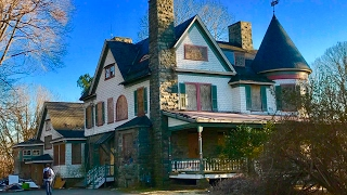MILLION Dollar Abandoned MANSION (Owners Foreclosed On) Piano and Other Things Still Inside