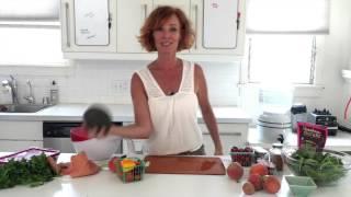 Raw Food Tips | Sexy Peach Tomato Salad | Dara Dubinet