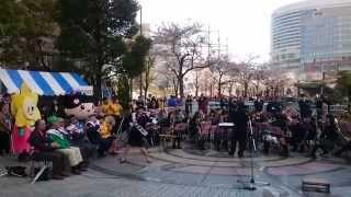 2014/4/5 みなとみらいグランモール公園 円形広場で行われた 春の戸部警...