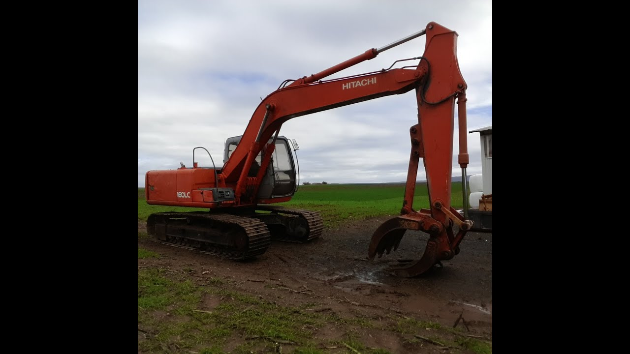 Hitachi EX160LC-5 excavator
