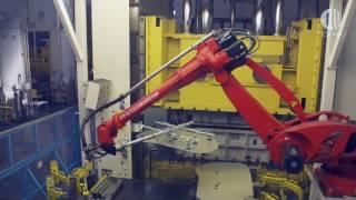 Comau Tandem Press line Automation