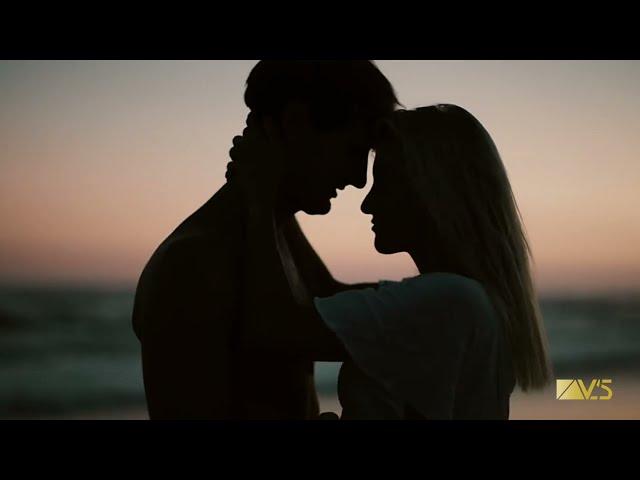 Johan Davis - Summer Again (Official Lyric Video)