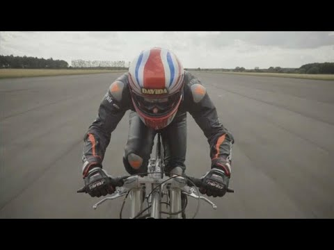 Briton Neil Campbell breaks speed world record, cycling at 174mph