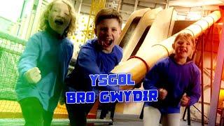 Ysgol Bro Gwydir - Paid Edrych Lawr! Rhan 1