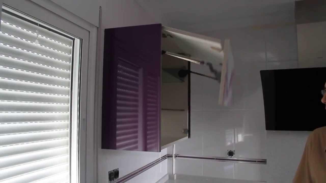 Mueble cocina puertas elevables automaticas youtube - Puertas mueble cocina ...