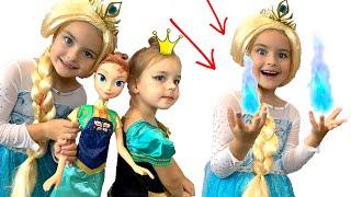 Яна как принцесса Анна наряжается и делает Макияж Алиса как Эльза