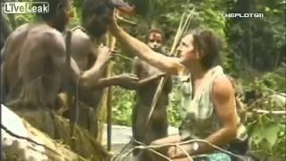 Premier contact d une tribu avec l'homme blanc  !!!