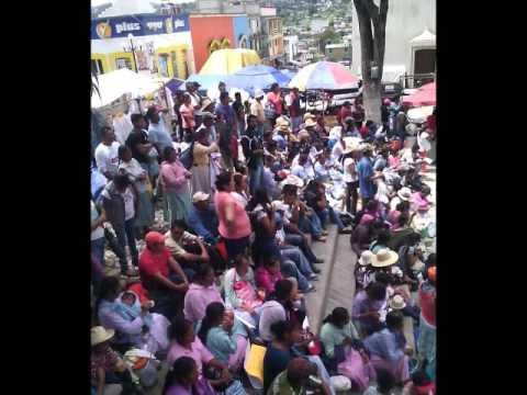 MARCHA DE PADRES DE FAMILIA TLAXIACO, OAXACA.