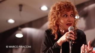 """FIORELLA MANNOIA presenta il suo ultimo album """"Combattente"""" a Milano"""