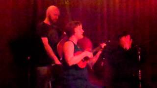 """Kelli Rae Powell: """"Give Me a Man"""" (Live at Jalopy)"""