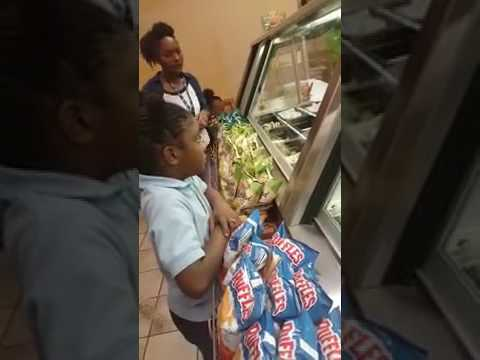 EXTREMELY RUDE CUSTOMER AT SUBWAY! *SHOCKING*