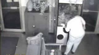 Automat Arrest