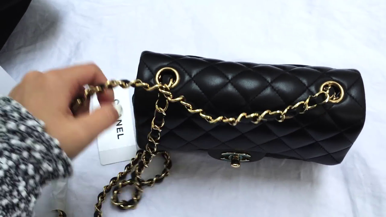 5cf39b15b8d83d Chanel Classic Flap Rectangle Mini Unboxing - Cao - TheWikiHow