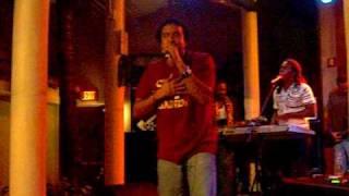 Khamelien - More Love - Reggae Mix.AVI
