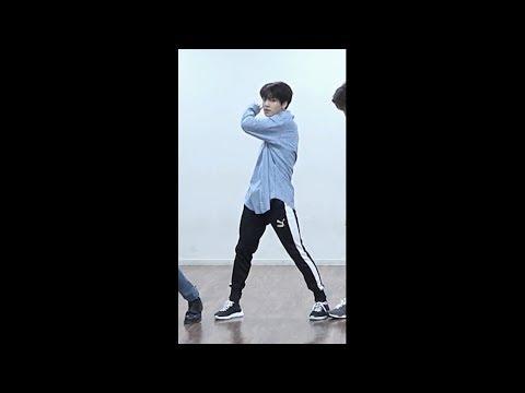 FAKE LOVE Dance Practice BTS JUNGKOOK 정국 focus