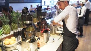 Kuvings CS600 Slow Juicer Chef in a juice bar of Paris