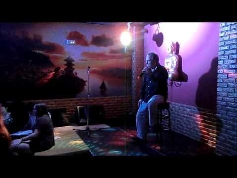 Pequeño Buda Pub Karaoke - Joaquin Sabina