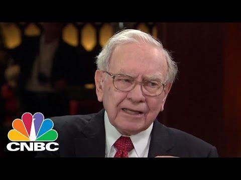 Warren Buffett: Amazon's Jeff Bezos 'Changed The World' In A Big Way   CNBC